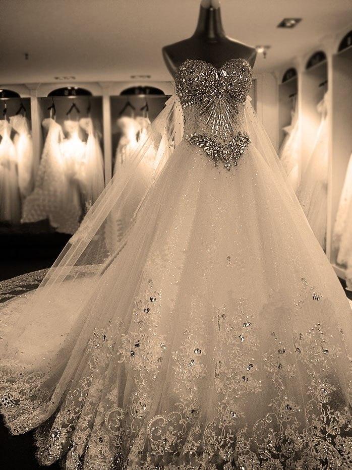 Продам: Свадебные платья оптом (Украина) Бренды и копии - Купить